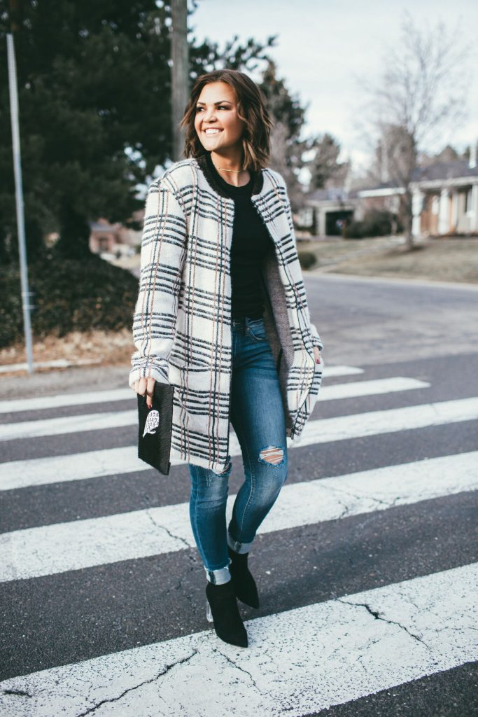 Sanctuary Plaid Coat and Min and Mon Clutch