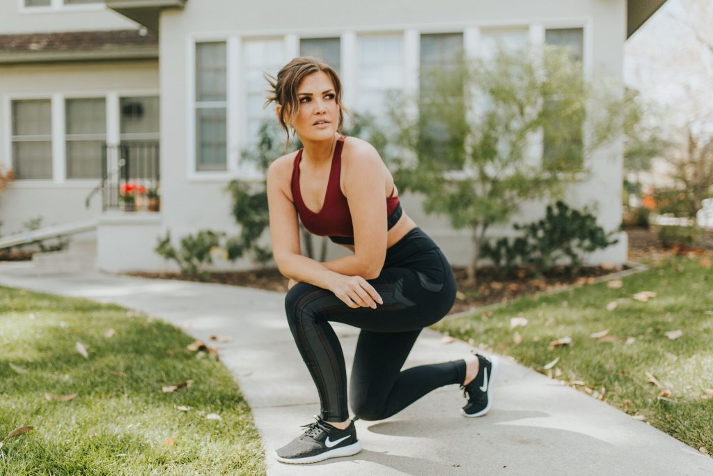 Titika Active Maroon Bra and Reflective Leggings