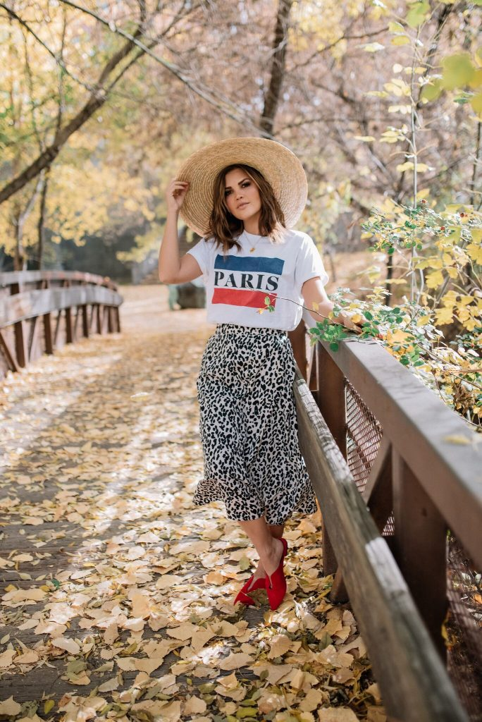 Chicwish Leopard Print midi Skirt and Gwen GigiPip hat